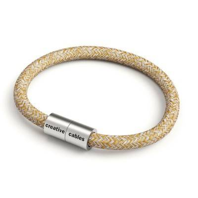 Bracelet with Matt silver magnetic clasp and RS82 cable