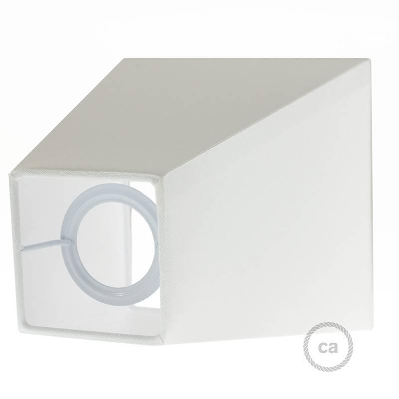 Witte plafondkap, 4-gaats, 120 mm. met cylindrische trekontlaster van wit plastic.