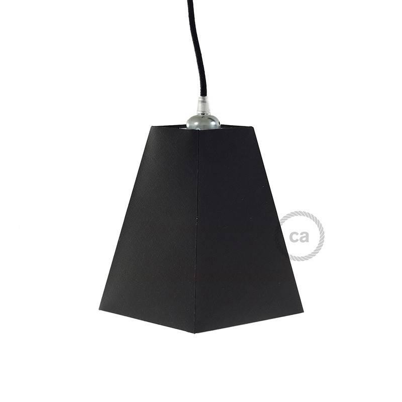 Zwarte plafondkap, 4-gaats, 120 mm. met cylindrische trekontlaster van zwart plastic.